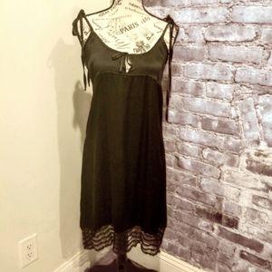 Maskara Coterie Nightwear